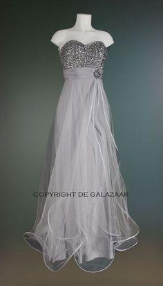 Galajurken Voor Bruiloft.De 10 Beste Afbeelding Van Jurken Voor De Bruiloft Beige Clothing