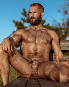 STUMP'S BLOKES – Rugby, beards, tattoos, muscle - you get the idea! Maybe the occasional bare arse, so please, treat as NSFW and adults only. Hope you enjoy ...And yep, the avatar is me
