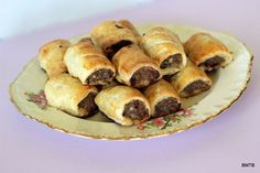 Pork and Apple Sausage Rolls Lunch Recipes, Dessert Recipes, New Zealand Food, No Cook Appetizers, Apple Sausage, Sausage Rolls, Tasty Bites, Sausage Recipes, Kiwi