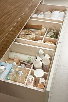 Drawer dividers help to keep a bathroom vanity drawer neat & organised