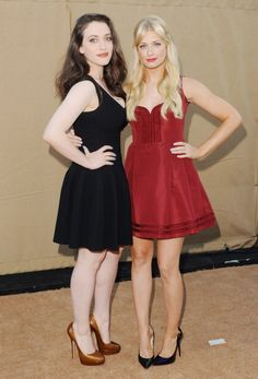 Beth Behrs and Kat Dennings at the TCA party. Beth's makeup is by Jamie Greenberg. Kat Dennings is by Jen Atkin, and her is by Rachel Goodwin. Beautiful Celebrities, Beautiful Actresses, Kat Dennigs, Two Broke Girl, Beth Behrs, Famous Women, Woman Crush, Sexy Legs, Hair Inspiration