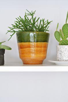 Retro bloempot / flowerpot https://entermyattic.com/shop/