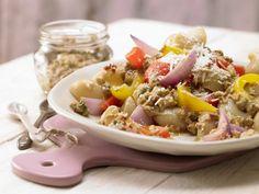 Leichtes Pasta mit Walnuss-Tomaten-Pesto Rezept | EAT SMARTER
