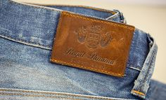 Hot printed leather label made in Italy by Panama Trimmings #denim #details #vintage
