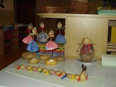 Výrobky dětí - bramborové stonožky amakové panenky Interior Design Living Room, Autumn, Crafting, Fall Season, Fall
