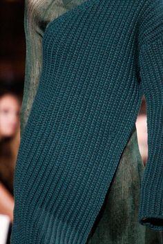 Stella McCartney Fall 2015 Ready-to-Wear - Details - Gallery - Style.com