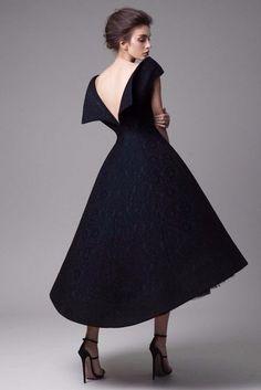 Impresionantes vestidos negros... Krikor Jabotian Haute Couture