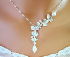beautiful and unique necklace