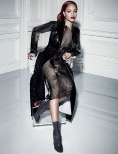 Rihanna worked the camera so hard, she had to take a seat! Donning another sheer mesh ensemble from Dior's collection, Bad Gal Riri posed seductively before photographer Craig McDean in the issue of Dior Mag that is released 4 times per year. Moda Rihanna, Rihanna Mode, Rihanna Style, Rihanna Fenty, Rihanna Dress, Rihanna Daily, Photos Rihanna, Taylor Swift, Rihanna Looks