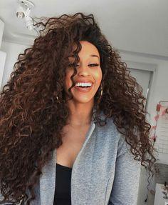 ✿pinterest: @evellynlouyse #cabeloscacheados #pelorizado #curlyhair