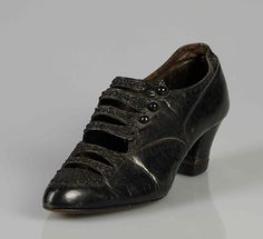 Dinner shoes Manufacturer: A.E. Little & Co. (American, Lynn, Massachusetts 1898–1934) Date: ca. 1916 Culture: American Medium: Leather, beads