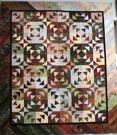3 Ducks in a Row Sewing Crafts, Sewing Projects, Sewing Ideas, Pineapple Quilt, Batik Quilts, Country Quilts, Foundation Paper Piecing, Flying Geese, Quilted Table Runners