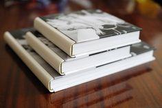Практическое пособие для тех, кто также как ястрадает всякой фигнейхочет оформить какие-либо материалы в виде нормальной книги с переплетом.Очень давно мне хотелось это сделать – распечатать свои з…