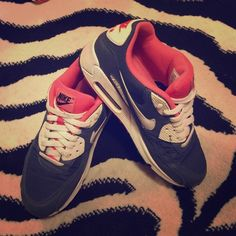Nike Air Max, Women's Size 8 Nike Air Max, Women's Size 8. Navy Blue & Pink. Excellent condition! Pet free & Smoke Free Home! I ship immediately! Nike Shoes Athletic Shoes