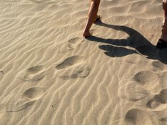 footsteps in carillo with heart shadow