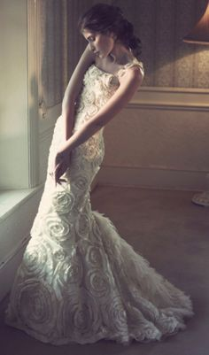 Gorgeous Elbeth Gillis wedding dresses