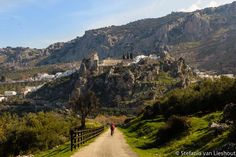 De mooiste Via Verde van Spanje ligt in Cordoba:http://stefaniavanlieshout.com/2016/02/fiets-en-wandelpad-cordoba-via-verde-subbetica-spanje/