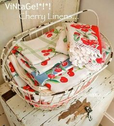 Antique Vintage Decor A pretty way to display vintage kitchen linens. Use in cottage decor, shabby chic decor and granny chic decor. Hd Vintage, Vintage Shabby Chic, Vintage Tea, Vintage Dolls, Granny Chic Decor, Vintage Wire Baskets, Shabby Chic Kitchen, Kitchen Linens, Kitchen Towels