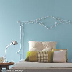 Das bequeme Bett steht bereits, aber darüber sieht die Wand ohne Betthaupt noch etwas leer aus? Kein Problem für DIY-Fans: Mit einem biegbaren Leuchtkabel kann …