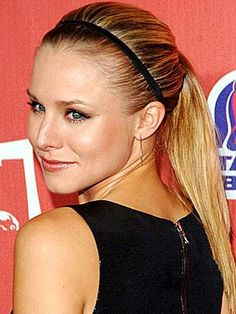 Perfect Ponytails Every Time - Kristen Bell Basic Hairstyles, Hairstyles For School, Everyday Hairstyles, Celebrity Hairstyles, Cute Hairstyles, Wedding Hairstyles, Kristen Bell, Perfect Ponytail, Sleek Ponytail