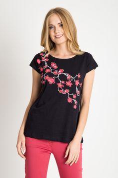 52b3681b4d Granatowa bluzka z kwiatami wi ni QUIOSQUE - FS INSPIRE