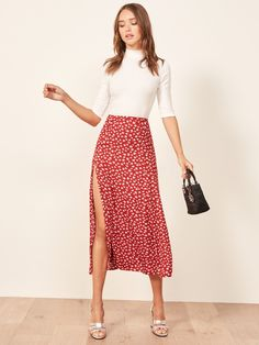 Women fashion Classy Chic Interview Outfits - Women fashion Videos Boho Blondes - Women fashion Over 50 Jeans Casual Dresses, Casual Outfits, Cute Outfits, Summer Dresses, Red Skirt Outfits, Classic Dresses, Prom Outfits, Look Fashion, Fashion Outfits