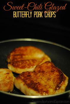 Sweet Chili Glazed Pork Chops Recipe - Perfect combination of savory and sweet with just a little kick of spicy! Delicious and ready in no time! and Spice(Pork Chop Recipes Rice) Butterflied Pork Chops, Glazed Pork Chops, Butterfly Pork Chop Recipes, Pork Recipes, Cooking Recipes, Skillet Recipes, What's Cooking, Recipies, Holiday Recipes