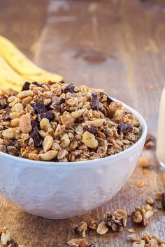 11. Chunky-Monkey Granola #healthy #granola #recipes http://greatist.com/eat/homemade-granola-recipes-that-are-healthy