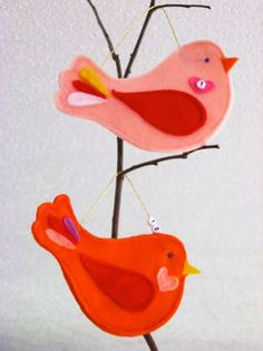 I like all the advent calendar ideas on this post, especially the birds... would be a cute gift for Mother. http://www.skiptomylou.org/2010/11/29/10-advent-calendar-ideas/