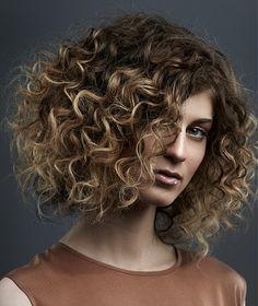 Wondrous 1000 Ideas About Medium Curly Haircuts On Pinterest Medium Short Hairstyles For Black Women Fulllsitofus