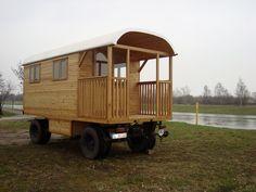 Zirkuswagen mit integrierter Terrasse - Zirkuswagen-Manufaktur
