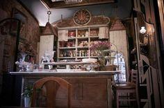 El Café Budapest se caracteriza por su ambiente íntimo. Foto: FB