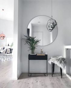 "Modern entryway table ideas round mirrors - explored ""entryway table i Home Design, Decor Interior Design, Interior Decorating, Decorating Ideas, Hallway Decorating, Interior Design Living Room, Living Room Decor, Decor Room, Interior Livingroom"