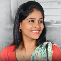 Akshaya deodhar marathi actress photos biography wallpapers tujhyat jeev rangala serial pathak bai actress akshaya deodhar altavistaventures Choice Image