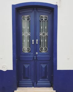 Cacela Velha, Vila Real de Santo António | Portugal (by Nacho Coca) Follow me on Instagram Vila Real Portugal, Windows And Doors, Tall Cabinet Storage, Places, Instagram, Knock Knock, Home Decor, Awesome, Doors