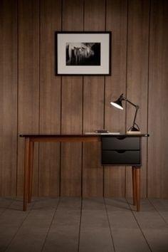 BIKO fifties black desk: http://www.kanndesign.com/en/product/biko-fifties-desk