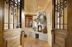 460 Circle Drive, Santa Fe, NM, 87501 MLS #201505386 enormous house with 11 fireplaces and every room is gorgeous 5 + 8  12000 sf 3 acres