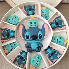 :) Stich and Scrub Macaroons