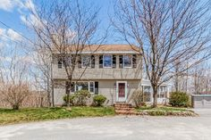 New listing at 105 Observatory Avenue in Haverhill, MA! Offering 3 beds, 1.5 baths, finished lower level. Master bedroom with cathedral ceilings. Cul de sac setting, beautiful sun room and private, wooded lot  http://www.planomatic.com/44849