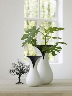 The Coat Vase Medium (Gazzel) - designjunky