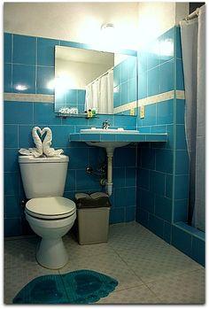 Detalle del baño. Cienfuegos, Toilet, Bathroom, Washroom, Flush Toilet, Full Bath, Toilets, Bath, Bathrooms
