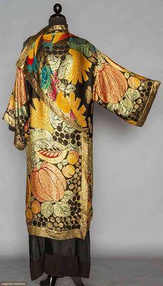 Evening Coat (image 2)   1920s   silk, lame   Augusta Auctions   April 20, 2016/Lot 314