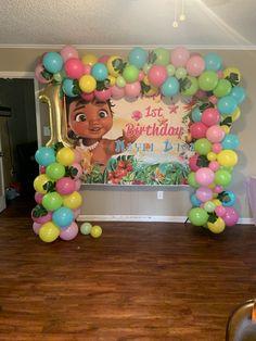 Moana Birthday Decorations, Moana Birthday Party Theme, Moana Themed Party, Second Birthday Ideas, First Birthday Party Themes, Moana Backdrop, Festa Moana Baby, Balloon Garland, Birthday Party Themes