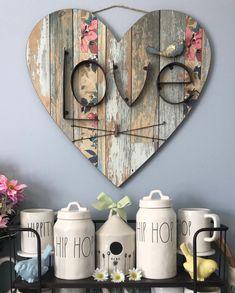 75 romantische Valentinstag Bastelideen - DIY Home Decor - Valentines day Valentine Day Crafts, Valentine Decorations, Valentines, Christmas Decorations, Heart Decorations, Arte Pallet, Wood Projects, Craft Projects, Craft Ideas