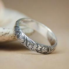 Narrow Wildflowers Wedding Band in Sterling - Silver Florentine-styled Floral Pattern Band - Spring Flower Commitment Ring or Promise Ring
