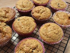 Leftover Cranberry Sauce Muffins - Life at Cloverhill Banana Oatmeal Muffins, Applesauce Muffins, Carrot Muffins, Apple Oatmeal, Cranberry Muffins, Bran Muffins, Baked Banana, Cranberry Recipes, Healthy Muffins