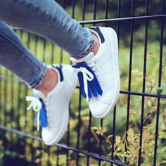 • Kiltie blue • Adidas Stan Smith •
