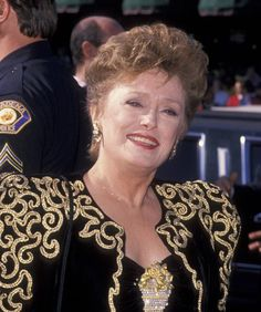 Golden Girls Star Rue McClanahan Ron Galella Archive - File Photos 2010 - Provided by Time Article The Golden Girls, Rue Mcclanahan, Blanche Devereaux, Estelle Getty, Betty White, 90s Outfit, Older Women, Hair Beauty, Beautiful Women