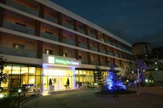 Holiday Inn Express Manisa-West Manisa Located across the industrial zone of Manisa, Holiday Inn Express Hotels Manisa-West offers air-conditioned accommodation with forest views in a silent neighborhood and modern amenities. Free high-speed internet is available throughout the premises.