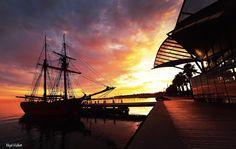 Last Sunrise of 2015 - Geelong Waterfront Australia.  #sunrise #light #sky #geelongwaterfront #nikon #niceweather #victoria #australia #travelgram #thinktankphoto #colorful #summer #nikond4s #summersunrise #silouette #picoftheday #instagood #nikon_photography #geelong #aussiephotos #sailing #boats #sailingboat #carousel #nikontop by nigel_hallett_pics http://ift.tt/1JtS0vo